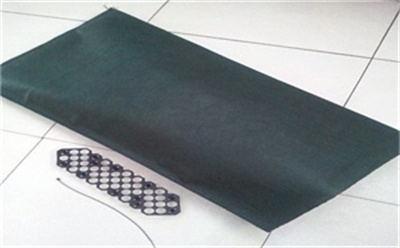 生态袋原材料是一种无纺织的土工布料