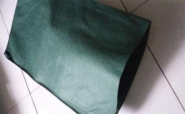 3种不同原材料的生态袋