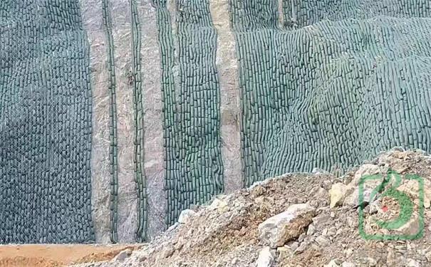 生态袋长袋(生态棒)护坡